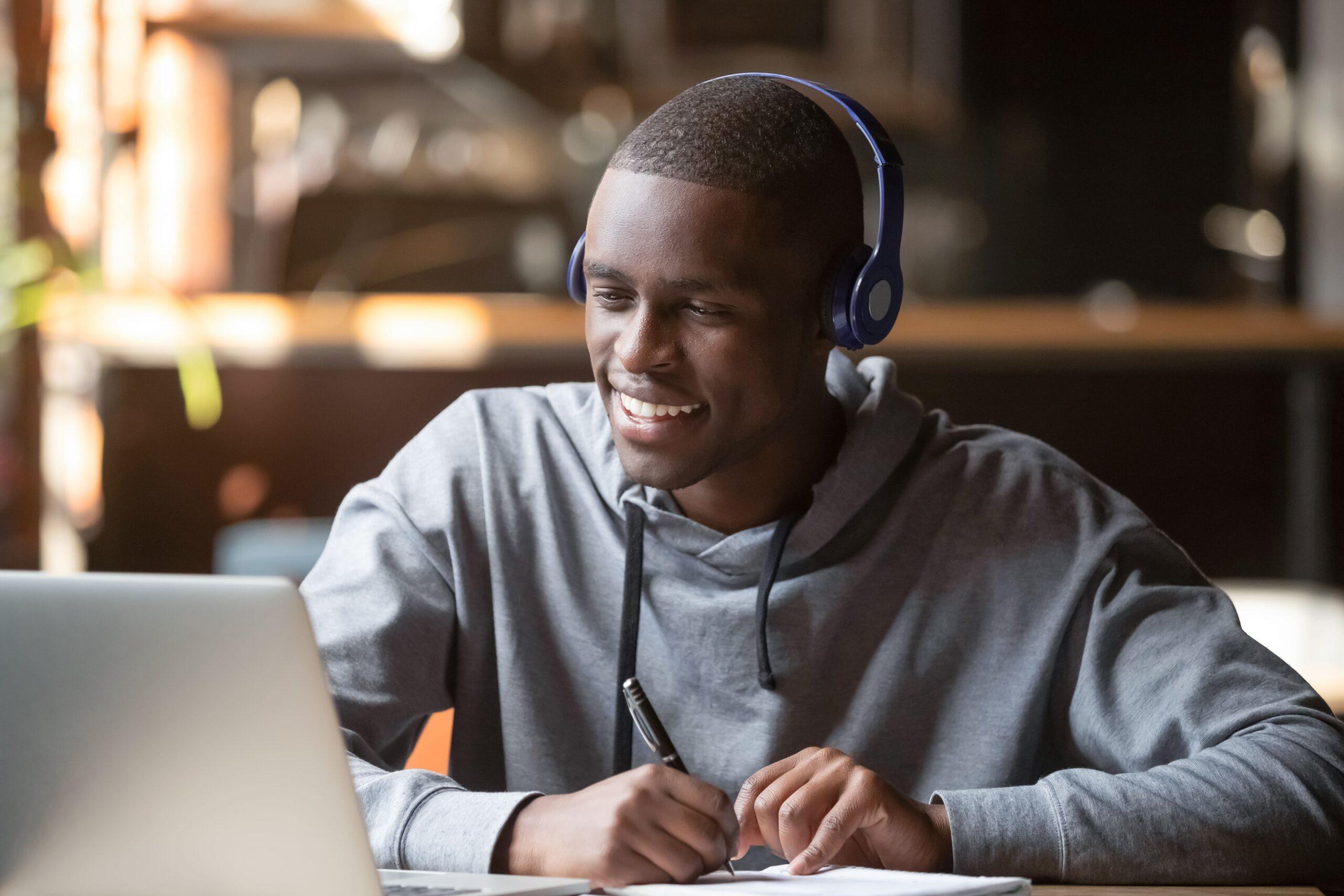 Man Learning Online